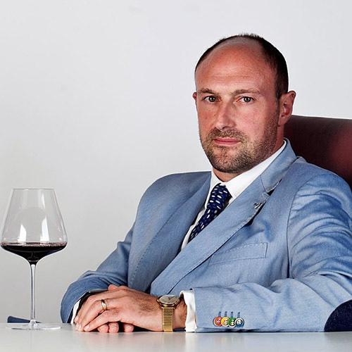 Riccardo Gabriele, marketing